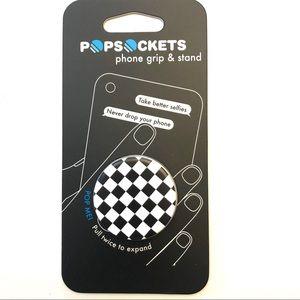 Checkered black & white new PopSocket grip
